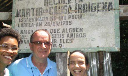 Viagem a Aldeia Japiimou Vendo com os olhos a memoria