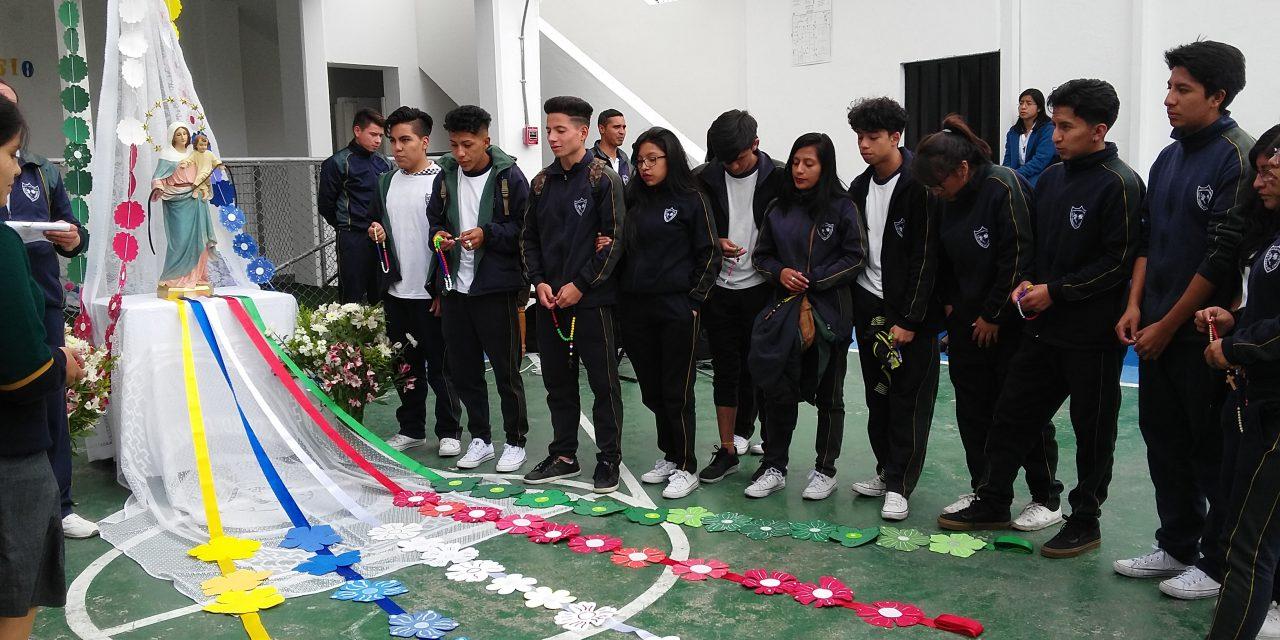 DÍA MISIONERO EN EL COLEGIO VIRGEN DEL CONSUELO, ECUADOR-QUITO