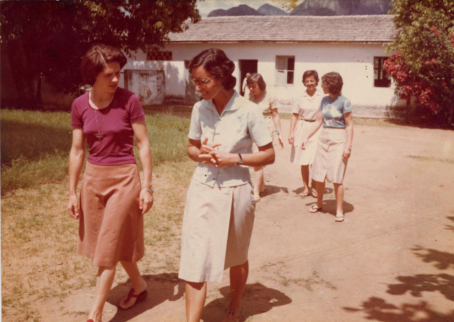 15-1979 - Cariacica, Asamblea - con Hna Rita Cola